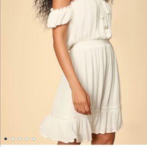 NWOT LULU'S OFF-SHOULDER WHITE DRESS, SZ S